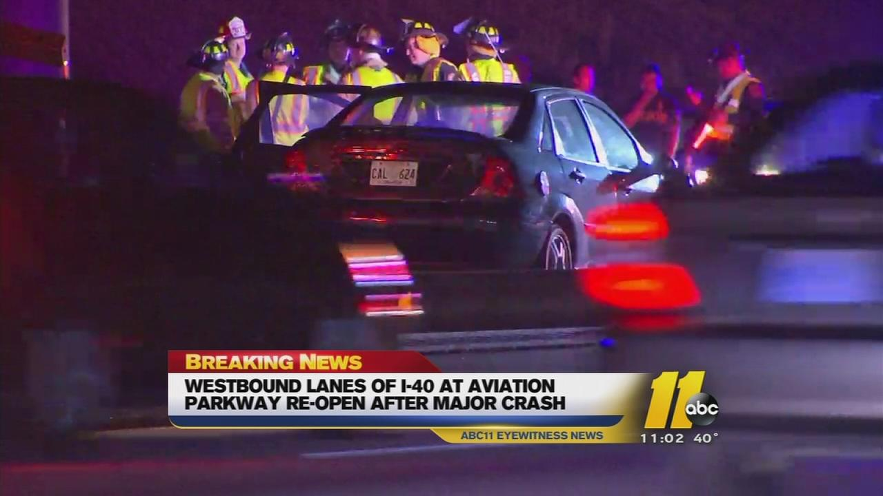 Multi-vehicle crash shuts down I-40 westbound near RDU