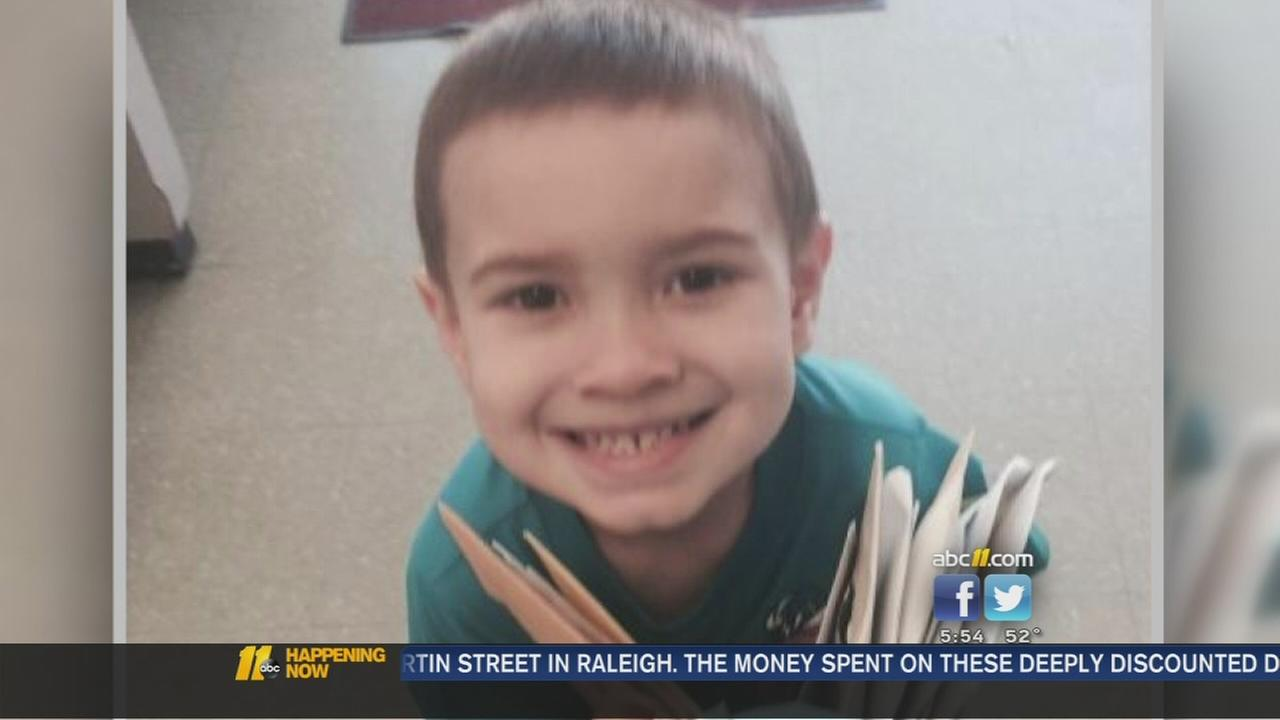 World helps 4-year-old cope with loss of dad -- Wyatt Revels