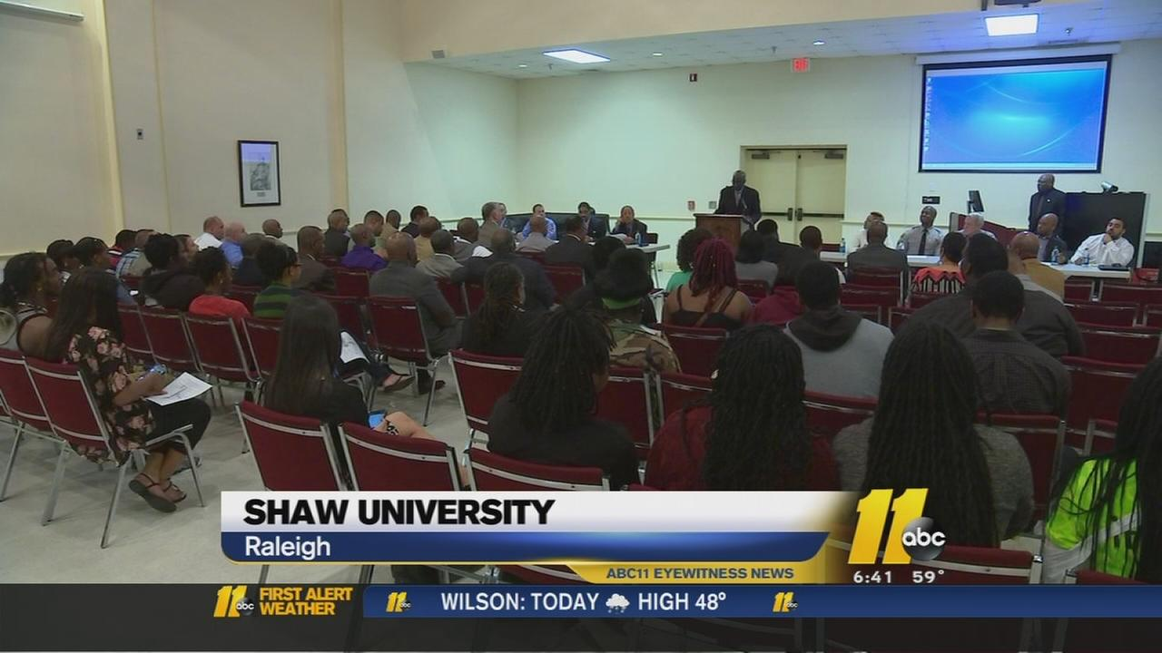 Students, police talk about race issues, law
