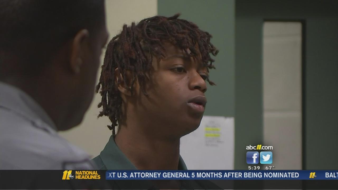 Teen charged in connection to pizza delivery robberies -- Dadrieon Lilly