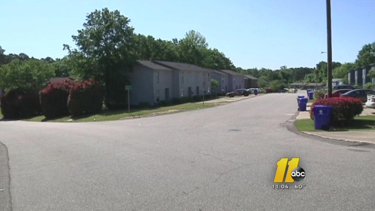 Man stabbed in Fayetteville