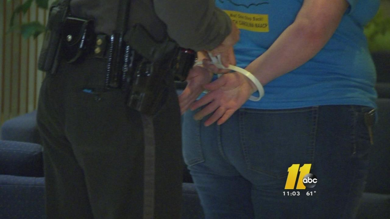 10 people seeking action on NC minimum wage arrested
