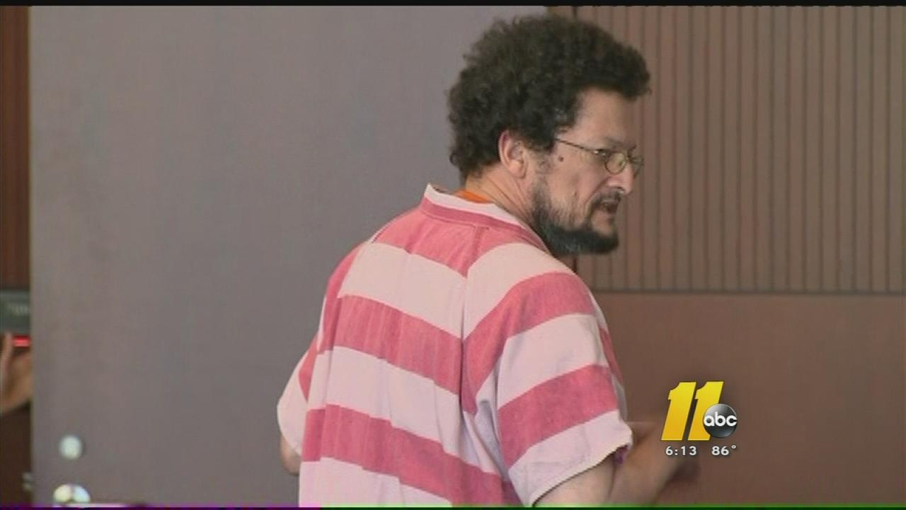 Raleigh man pleads guilty to bilking investors
