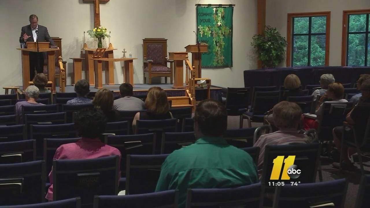 Durham congregation shows solidarity with Charleston church