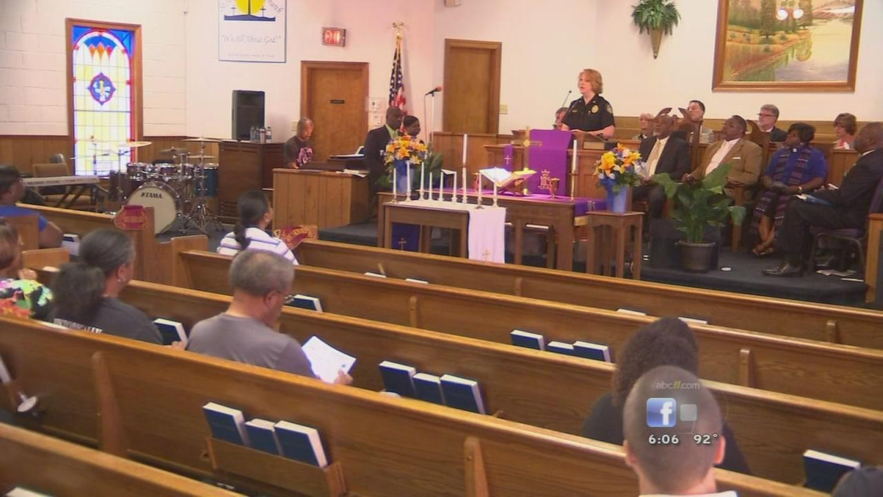 Faith groups pray for victims of Charleston shooting