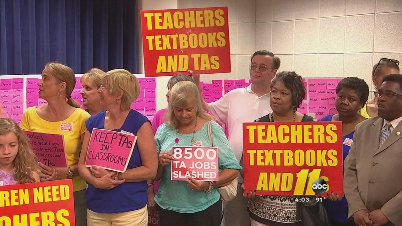 Educators voice support for public education