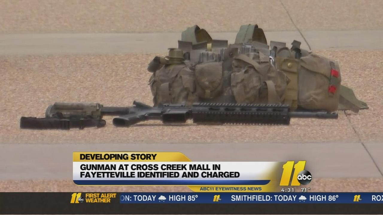 Man with assault rifle arrested at Fayetteville mall