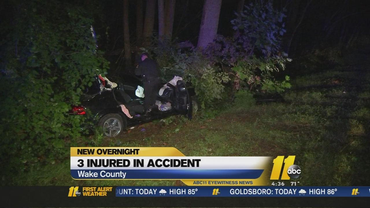3 hurt in accident