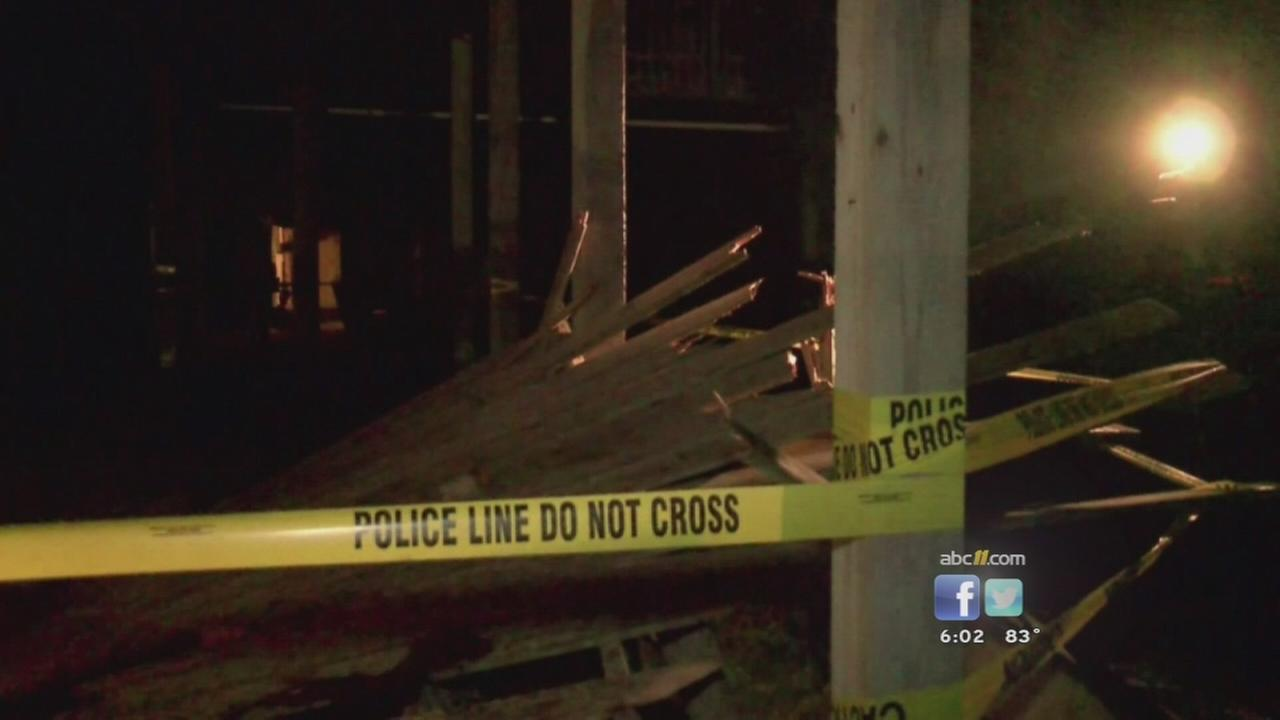 Deck collapse injures 24 on NC coast