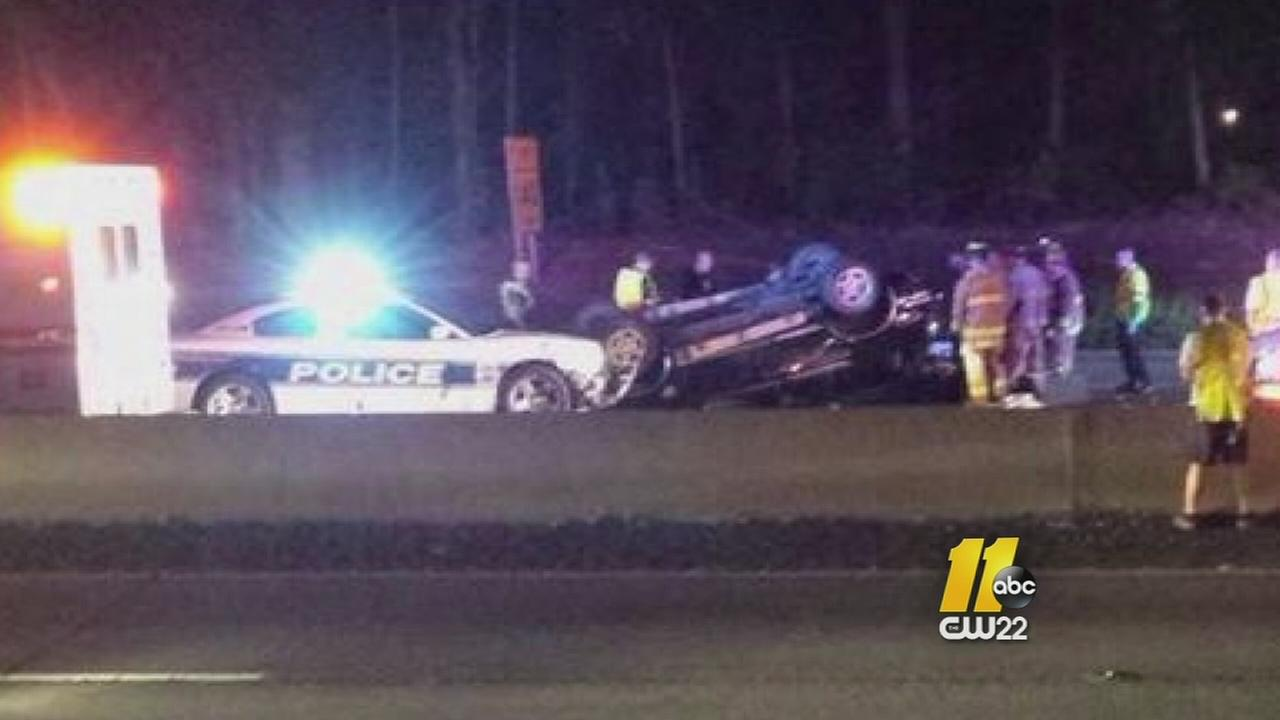 NC police officer risks life to stop wrong-way driver