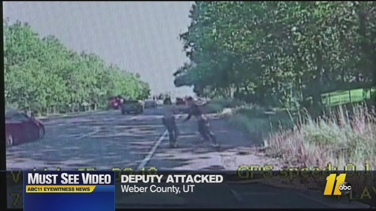 Must-see video: Deputy attacked