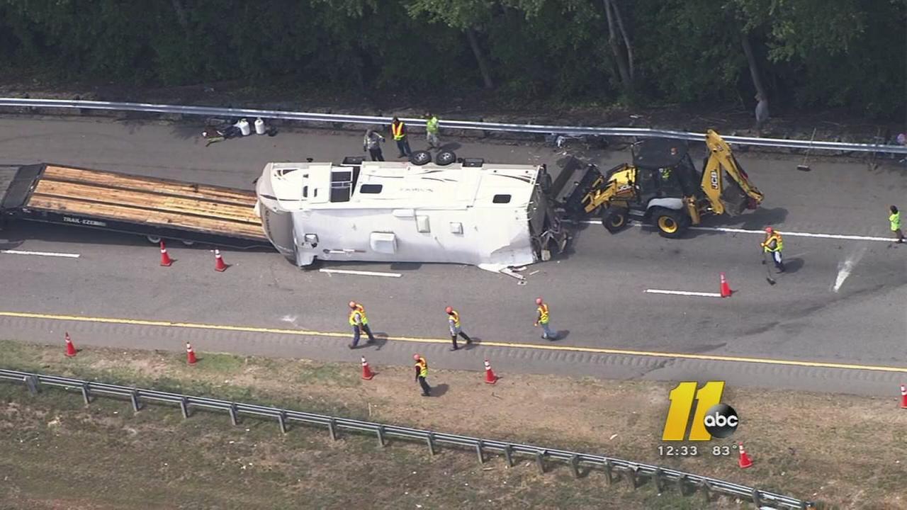 Wreck closes I-95 Sout...I 95 Sc Traffic