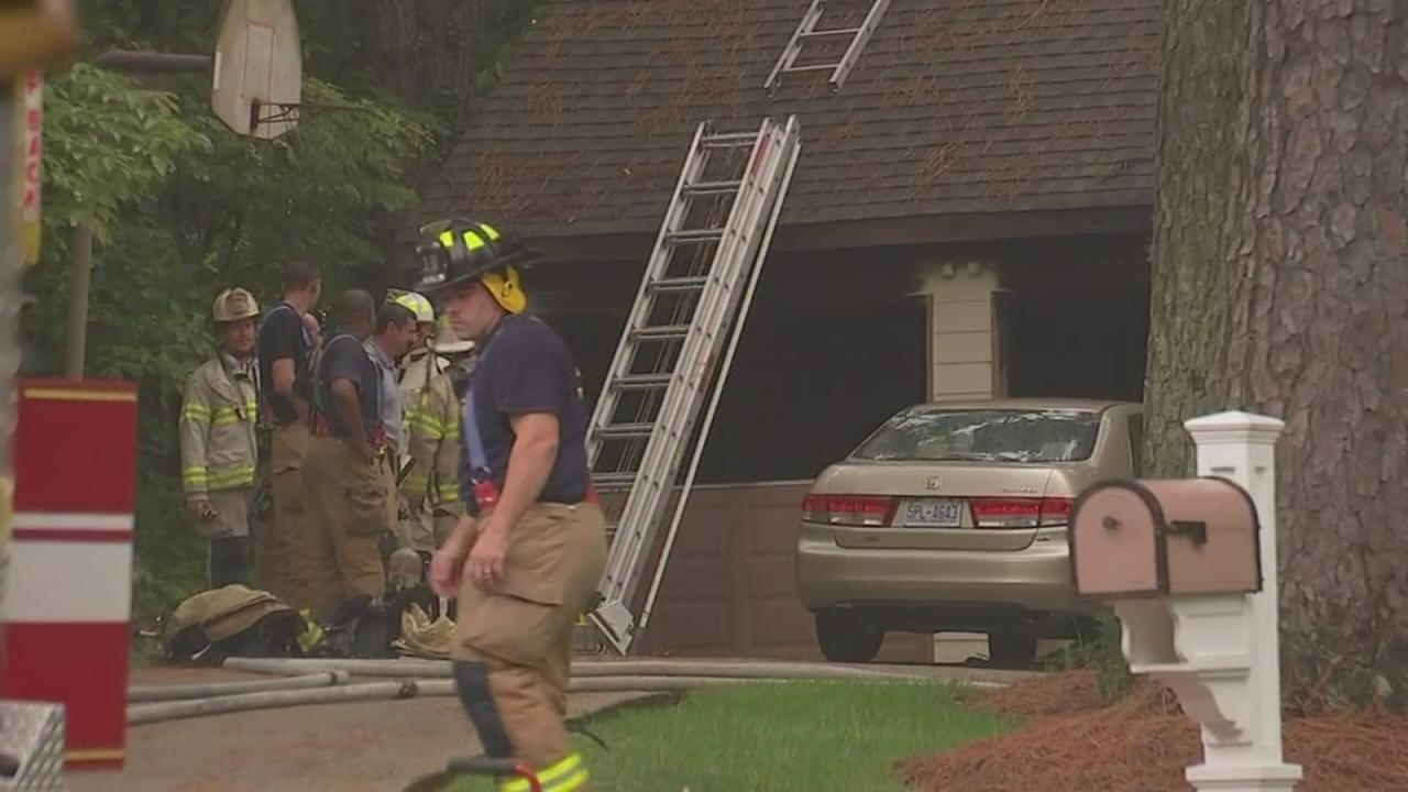 Lightning starts house fire in Raleigh