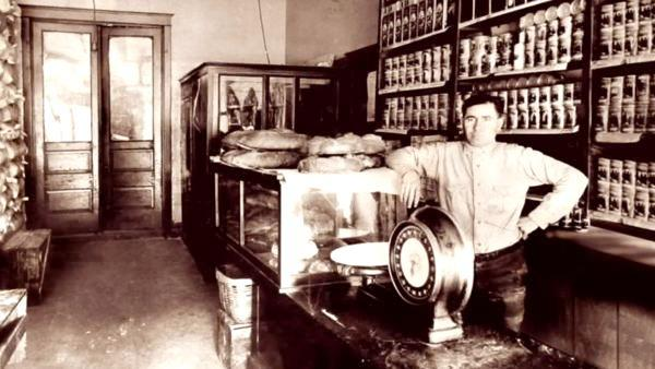 Chicago's Oldest Bakeries and Sweets