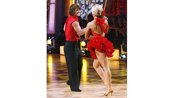 Louie Vito and Chelsie Hightower on 'Dancing With the Stars,' Sept. 21, 2009