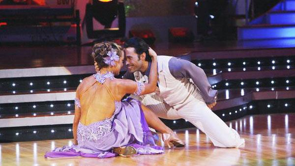 Natalie Coughlin and Alec Mazo perform on 'Dancing With the Stars,' Sept. 28, 2009