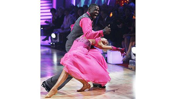 Michael Irvin and Anna Demidova perform on 'Dancing With the Stars,' Sept. 28, 2009
