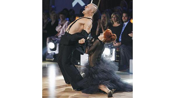 Chuck Liddell and Anna Trebunskaya perform on 'Dancing With the Stars,' Sept. 28, 2009