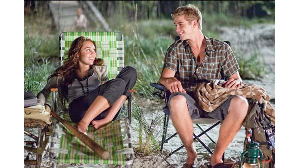 Miley Cyrus and Liam Hemsworth in 'The Last Song'