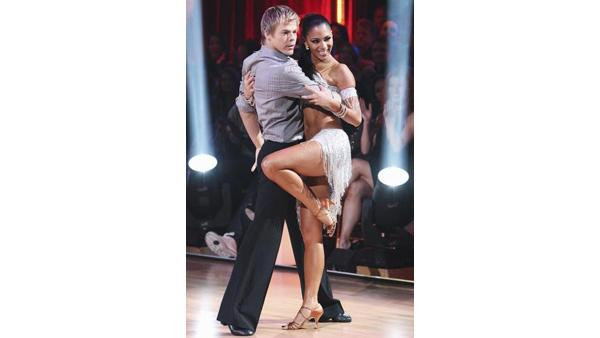 Nicole Scherzinger and Derek Hough perform on 'Dancing With the Stars,' Monday, March 29, 2010. The judges gave the couple 28 points out of 30.