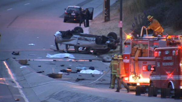 2 dead, 3 critical in Baldwin Hills crash