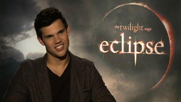 Taylor Lautner: Twilights Jacob more sarcastic in Eclipse; confirms he will star in both parts of Breaking Dawn. - Provided courtesy of KABC