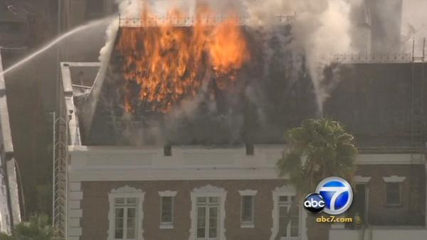 Koreatown apartment fire consumes attic