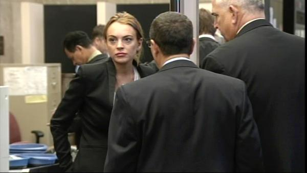 Lindsay Lohan is seen arriving at the Beverly Hills courthouse Friday, October 22, 2010.