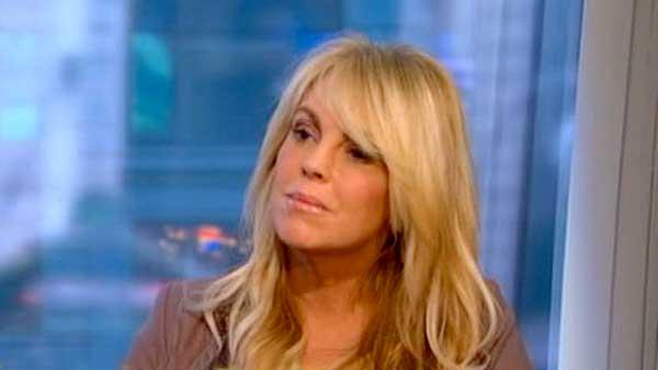 Dina Lohan defends troubled daughter on GMA
