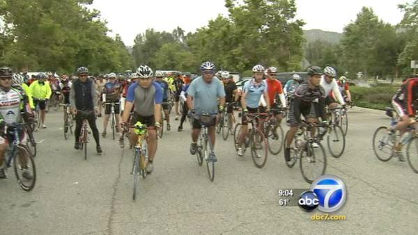 Thousands hit Griffith Park for River Ride