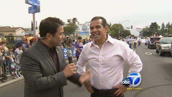 LA mayor at Mexican Independence Parade