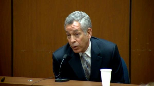 Prosecutor, expert bicker during Murray trial