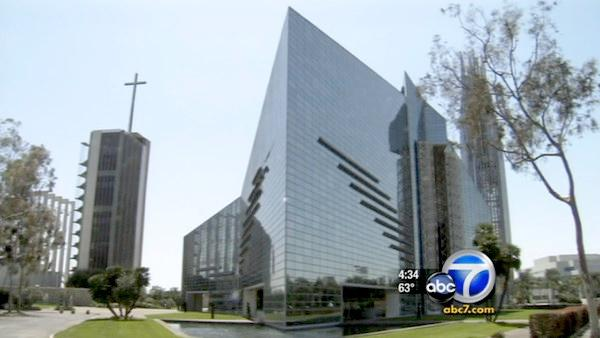 Diocese ups Crystal Cathedral offer by $2M
