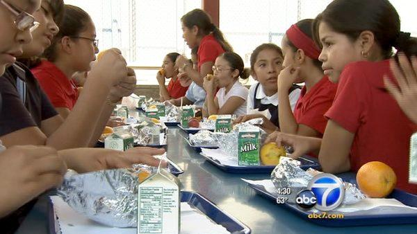 School lunch standards fought by industries