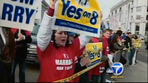 Court: Prop 8 backers can defend measure