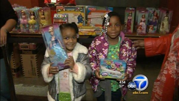 DCFS kids watch 'Muppets' movie, receive toy