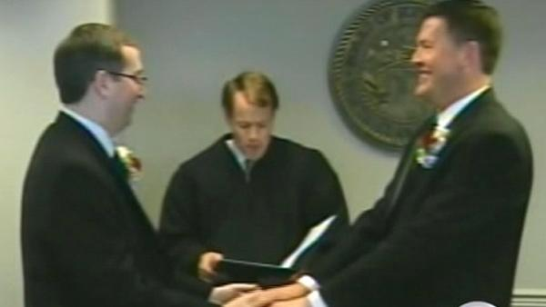 Appeals court to rule if Prop 8 is legal