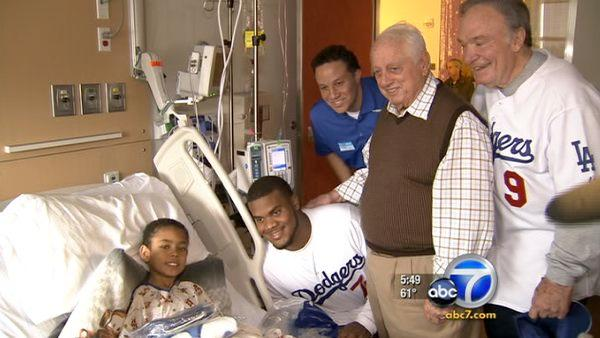 Dodgers past and present visit CHLA kids