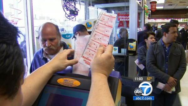Mega Millions jackpot increases to $640M