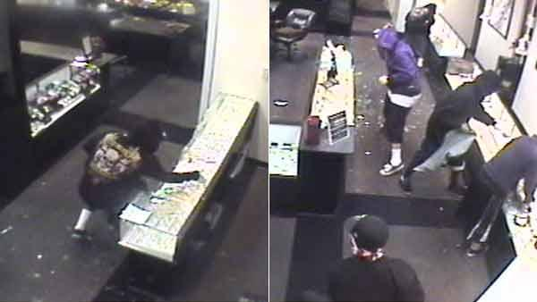 $400K worth of jewelry stolen from Hemet shop