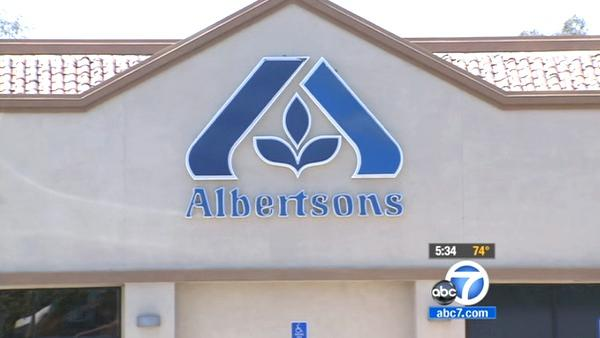 Albertsons announces cuts to 2500 jobs