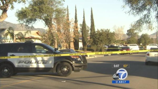 Man, woman, 2 children found dead in Fontana