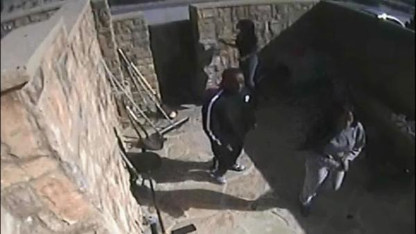 Playa del Rey home break-in caught on camera