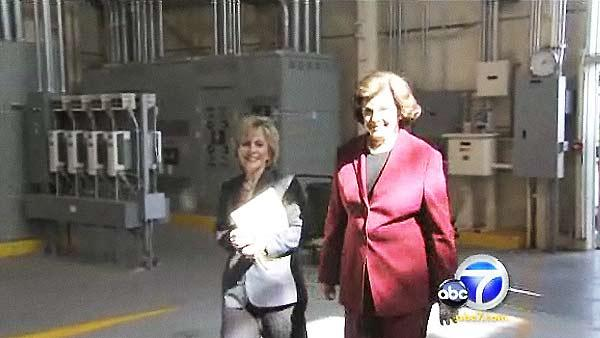 Feinstein stumps for Boxer in Northridge