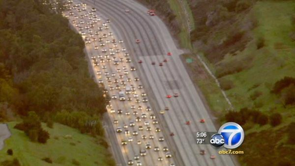 Past LA freeway closures went fairly smoothly