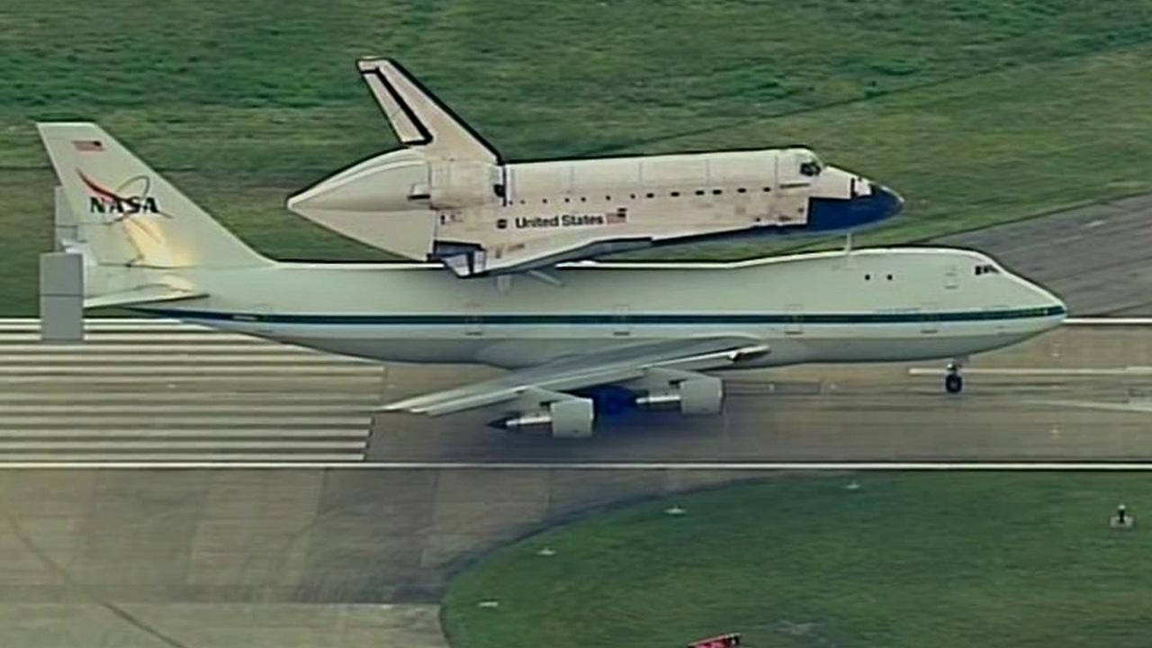 Space Shuttle Endeavour gets ready to take off from Ellington Field Joint Reserve Base in Houston, Texas, Thursday, Sept. 20, 2012.