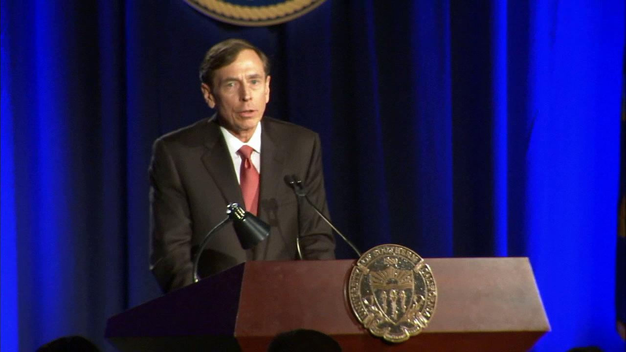 David Petraeus gave the keynote address at the University of Southern Californias annual dinner for veterans and ROTC students on Tuesday, March 26, 2013.
