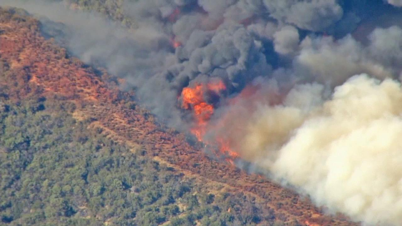 The Powerhouse Fire burns north of Santa Clarita Friday, May 31, 2013.