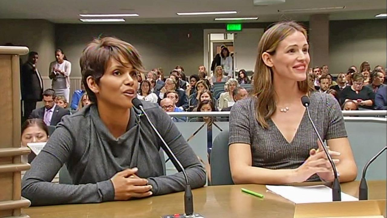 Actresses Halle Berry and Jennifer Garner speak before the California State Assembly in support of a new paparazzi bill Tuesday, Aug. 13, 2013.