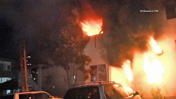 Echo Park apartment fire kills 2, injures 2
